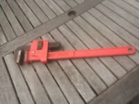 Heavy duty adjustable spanner