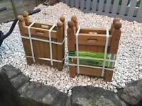 2 new wooden planters