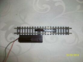 N GAUGE ELECTRIC UNCOUPLER