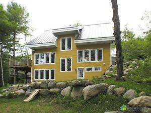 350 000$ - Maison 2 étages à vendre à Ste-Adèle