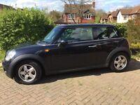 Mini Cooper, 07 Plate, Black 1.6L, £2200 O.N.O