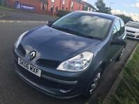 Renault Clio expression DCI Diesel 3 door hatchback 2006 new shape