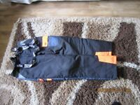 SITE CHAINSAW TROUSERS SIZE MED. AS NEW NEVER WORE