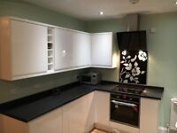 Newly refurbished 3 bedroom house available to let in Patchway.