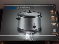 New and unused 3l slow cooker