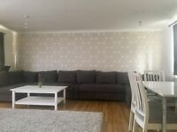 Double room for one person, 15min from Walhamstow(victoria line, overground) in amazing modern house
