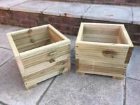 Decking pots planters
