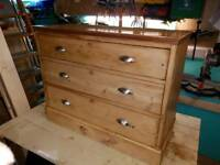 Beautiful vintage pine dresser