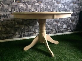 *HOUSE CLEARANCE* wooden light circle table for 5£ no time wasters no delivery only collection