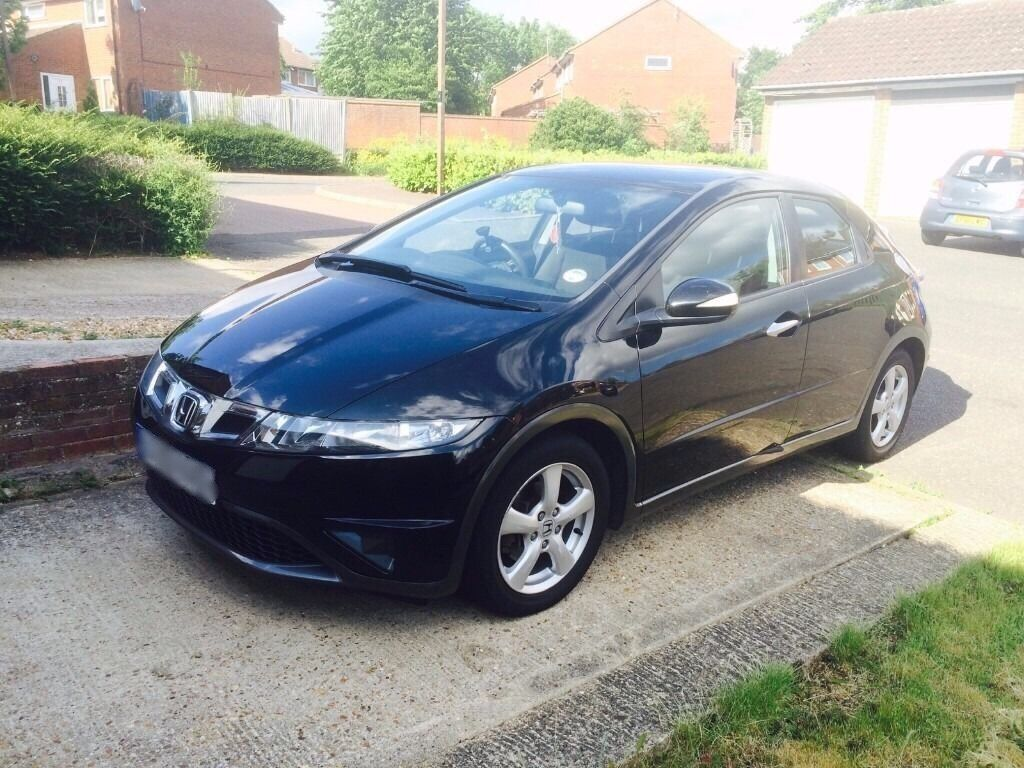 BLACK HONDA CIVIC (2010) - 1.8 - LOW MILEAGE (56000) - AUTOMATIC TRANSMISSION - LEATHER INTERIOR