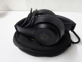 Beats Solo 3 Bluetooth Headphones With Soft Case And USB Charger