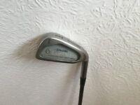 Spalding Super Flite 2 Golf Club. 6 Iron.
