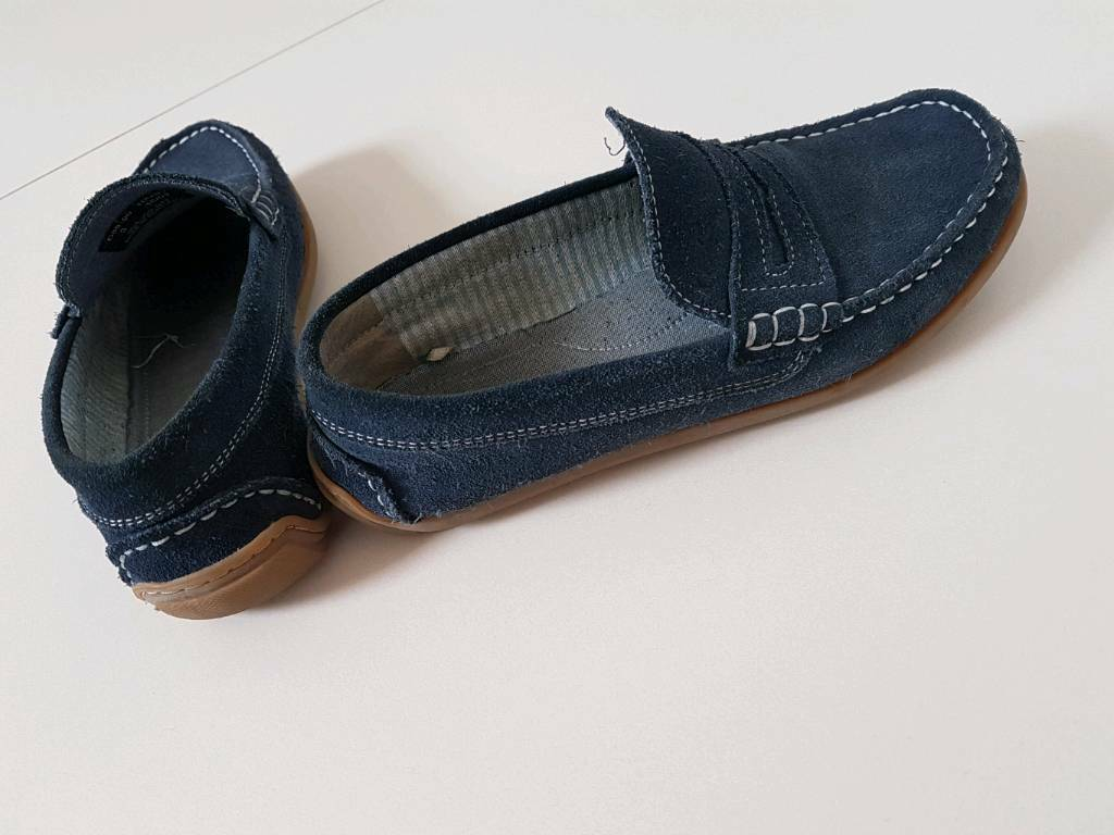 Boys navy blue slip ons