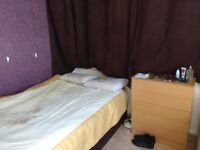 Spacious double room for rent !