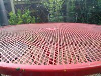 For Sale garden table and 4 chairs metal in black and red Buyer to collect