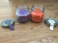 2 Scented Candles