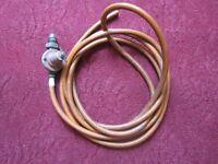 gas regulator with hose