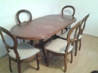 Dining table &5 chairs