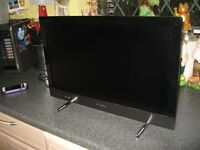 Sony KDL-22EX320 22 inch HD Ready Edge LED LCD Television with Freeview HD, Wifi Internet Video