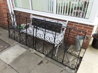 Double metal gates