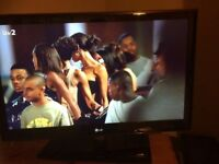 LG black 40 inch Tv