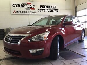 2014 Nissan Altima 2.5 SV | Heated Seats | Back Up Camera