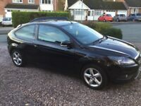 Ford Focus 1.6 Zetec - Petrol *Full years MOT*