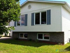 $274,900 - Split Level for sale in Pembroke