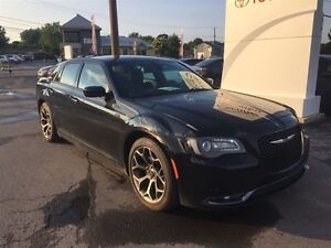 2016 Chrysler 300 S, MAGS 20 POUCES, CUIR, SHOW ROOM