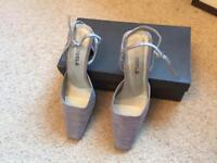 Lilac court shoes - Carvella