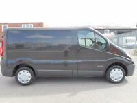FINANCE ME!! NO VAT!! renault trafic 2.0l cdti swb pannel van in excellent conditio!! only 114k..(5)