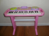 Girls pink piano with stool