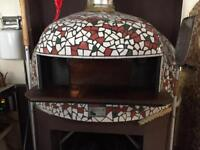 HANDCRAFTED WOOD FIRED PIZZA OVEN
