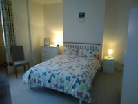 Near beach and town centre Double room to rent