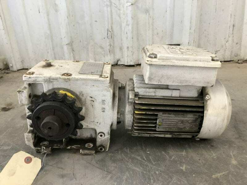 Sew-Eurodrive S72DT80K4 Gear Drive/Speed Reducer 50.03:1 1700RPM 0.75kW 3PH