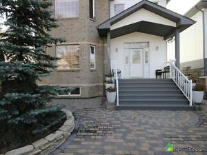 $899,000 - 2 Storey for sale in Ritchie