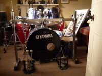 Yamaha drum kit, Please read add.