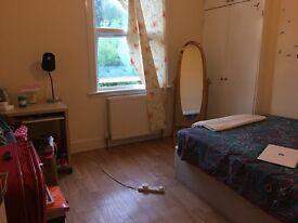 URGENT Double room in Peckham