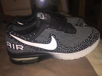 Nike shoes (size 8)