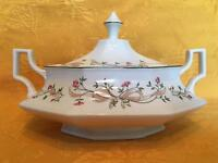Johnson BrotherEternal Beau lidded vegetable tureen