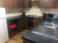 ***Lovely single room available at Enfield £ 90 weekly***