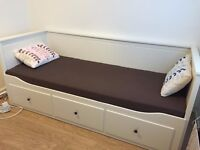 Ikea Hemnes Day-bed frame +1 mattress - Barely used, great condition!