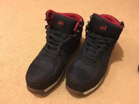 Site Strata High Top Safety Trainers size 9