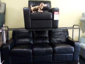 Exdisplay lazy boy blk recliner 3&1