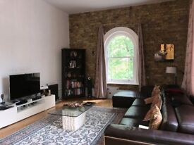 Stunning and Spacious 2 Bedroom Flat For Rent in Royal Arsenal
