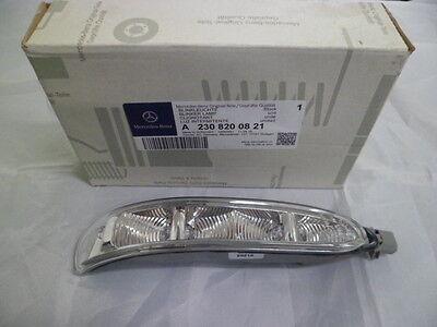 Genuine Mercedes-Benz - CLK & SL RH Mirror Indicator Lamp A2308200821 NEW