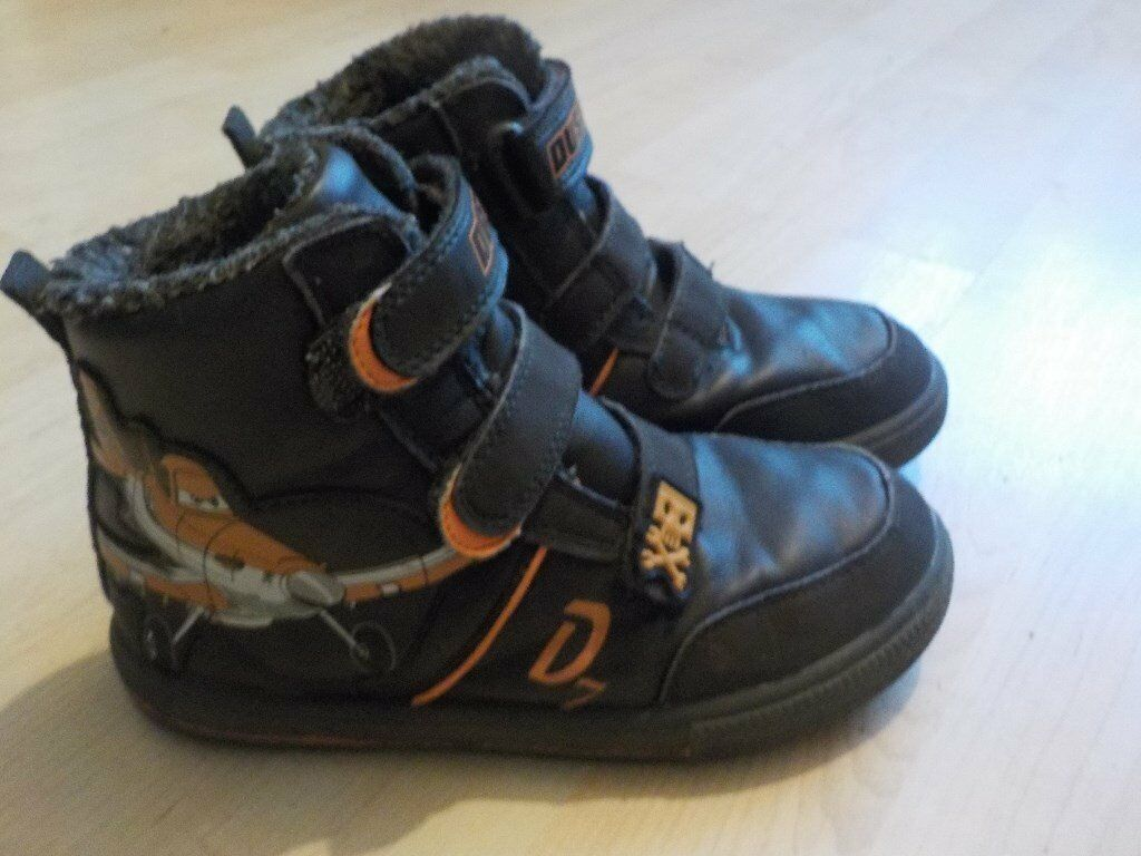 Boys Ankle Boot Trainers with Dusty on them - Size 12 - Collect PE27