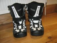 Airwalk Snowboard boots UK Size 8