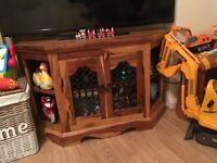 Heavy solid wood tv cabniet also have the matching chest cabniet