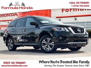 2017 Nissan Pathfinder SV   MINT CONDITION   ALL WHEEL DRIVE
